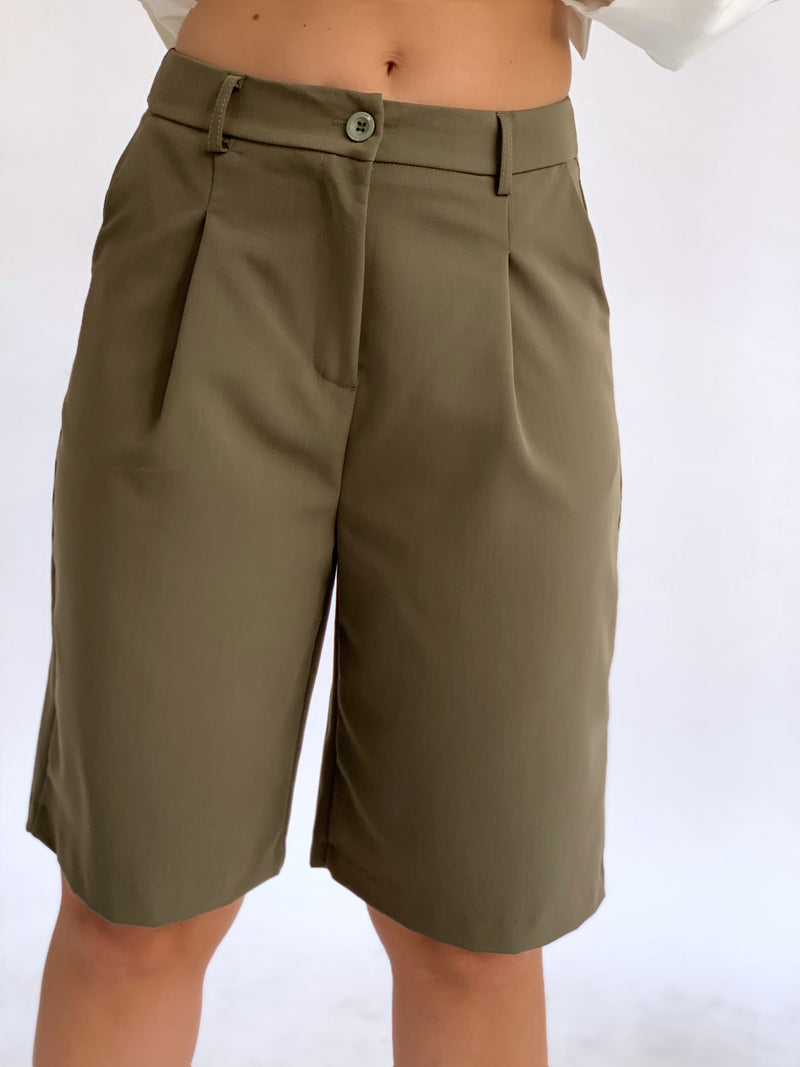 TAILORED LONGLINE SHORTS