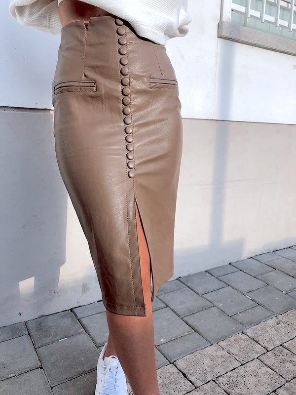 LEATHER SKIRT WITH BUTTON THROUGH DETAIL - Skirt - Shop Fashion at LE TRÉ