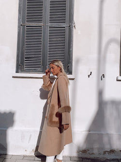 LONG KNIT COAT WITH FAUX FUR DETAIL - Coats & Jackets - Shop Fashion at LE TRÉ