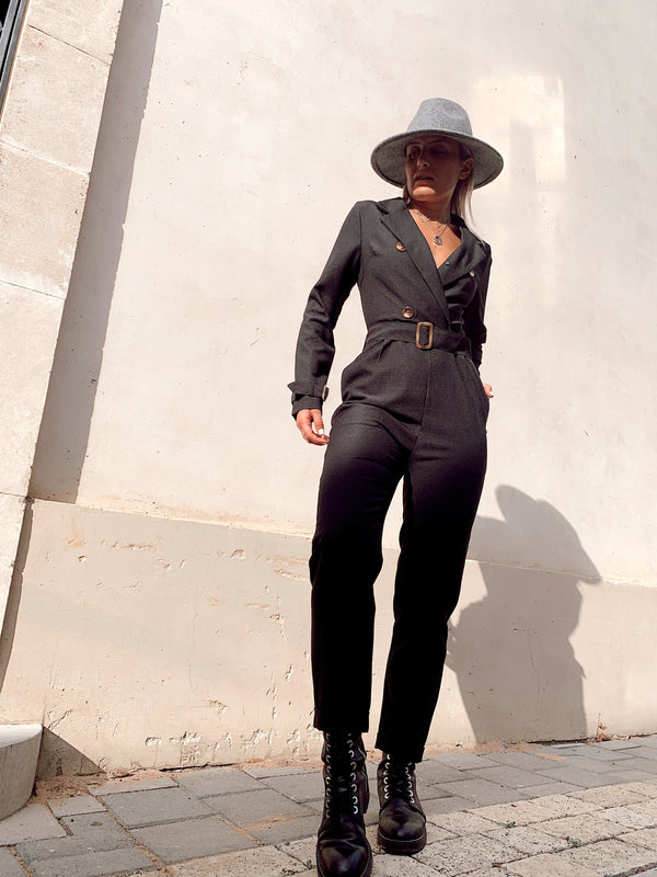 LONG SLEEVE TAILORED JUMPSUIT - Jumpsuit - Shop Fashion at LE TRÉ