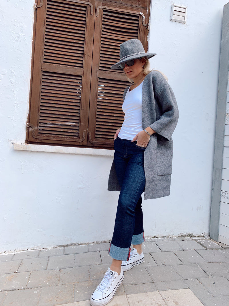 OVERSIZED CARDIGAN WITH POCKETS - LE TRE