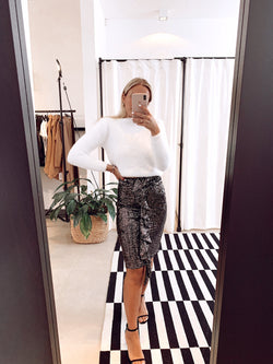 PENCIL SEQUIN SKIRT WITH FRILL DETAIL IN DARK SILVER Skirt LE TRÉ