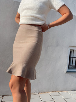 PENCIL SKIRT WITH FRILL HEM Skirt LE TRÉ
