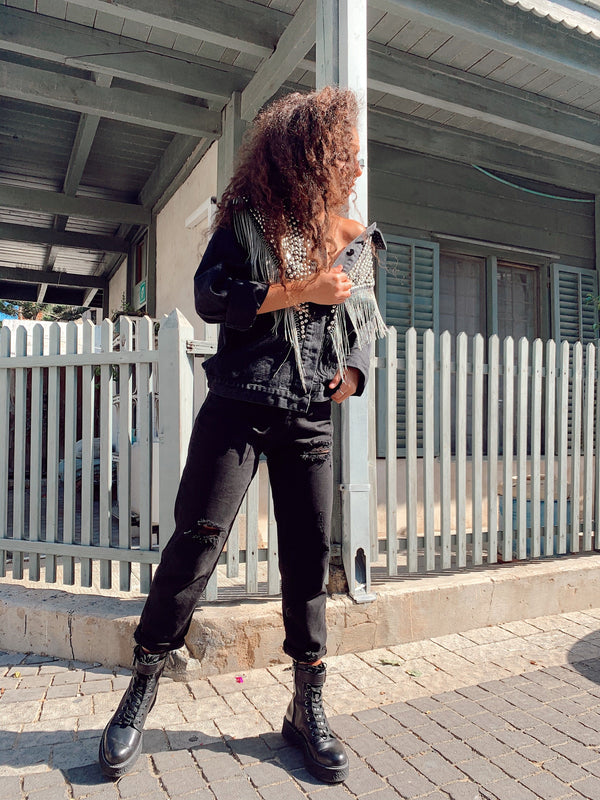 RIPPED BOYFRIEND JEANS IN BLACK Jeans LE TRÉ