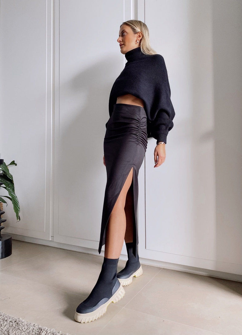 RUCHED MIDI SKIRT WITH SIDE SPLIT - Skirt - Shop Fashion at LE TRÉ