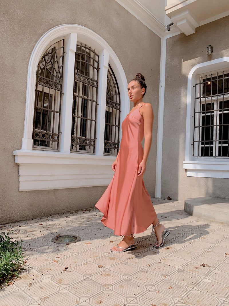 SATIN CAMI MAXI SLIP DRESS IN PINK - Dress - Shop Fashion at LE TRÉ