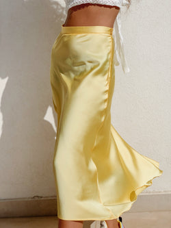 SATIN MIDI SKIRT IN YELLOW Skirt LE TRÉ