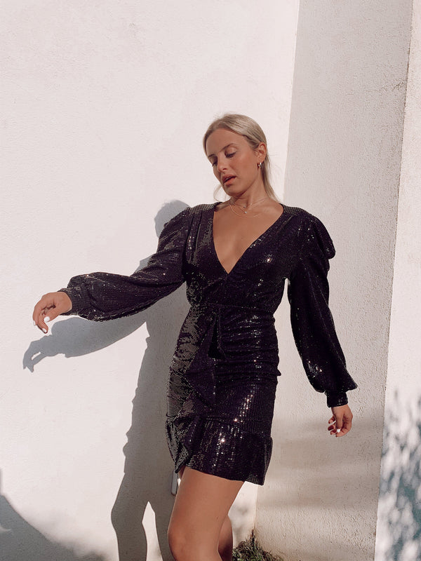 SEQUIN DRESS WITH PUFF SLEEVE AND FRILL DETAIL - Dress - Shop Fashion at LE TRÉ