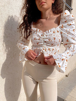 SHIRRED TOP WITH PUFF SLEEVES - Top - Shop Fashion at LE TRÉ