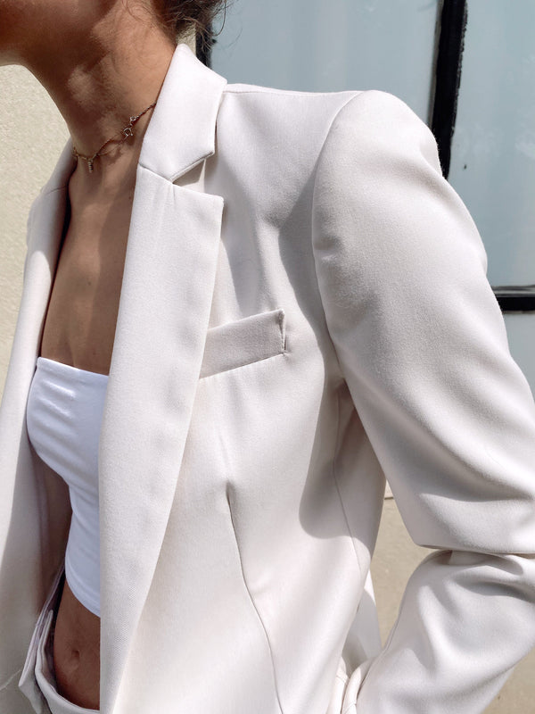 TAILORED SUIT SET IN WHITE - Set - Shop Fashion at LE TRÉ