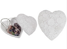 Load image into Gallery viewer, Floral Heart Trinket Box