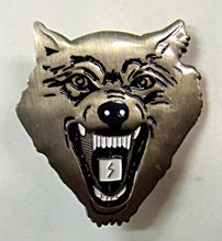 Load image into Gallery viewer, Metal Wolf Pin