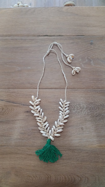 Shell Necklace with Cotton Tassel