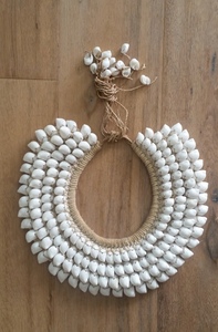 Round Decorative Shell Necklace