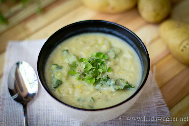 Comforting Potato & Curly Kale Soup with Fennel