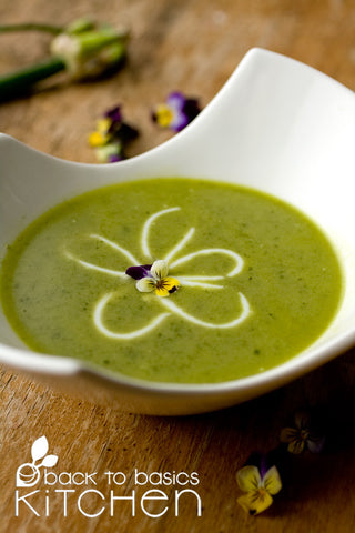 Fresh & Creamy Asparagus Soup (Dairy Free)