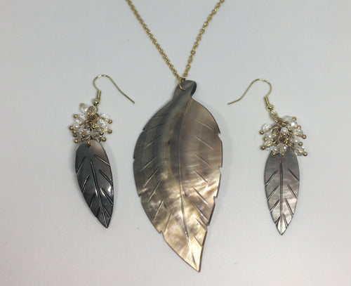 Sale! Leaf Necklace and Earring Set