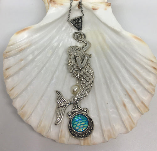 Mermaid Fin Necklace