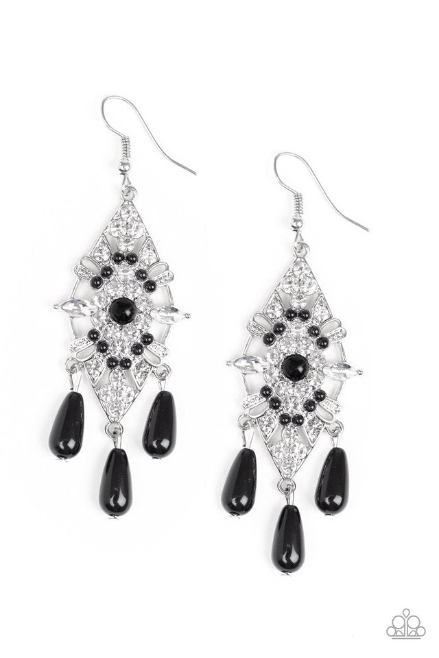Majestic Mood Black Earring