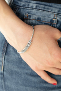 Twinkling Twist White Bracelet