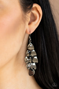 Resplendent Reflection Black Earring