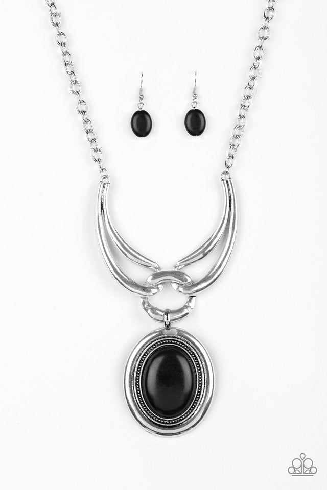 Divide And RULER Black Necklace