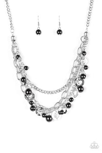 Hoppin Hearts Black Necklace
