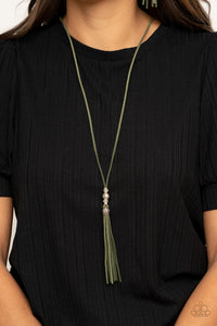 Hold My Tassel Green Necklace