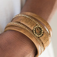 Load image into Gallery viewer, It Takes Heart Urban Brass Bracelet
