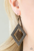 Load image into Gallery viewer, Dusky Dunes Brass Earring