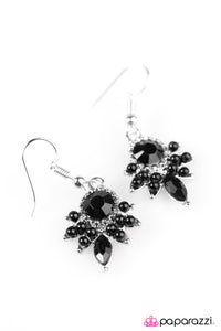 Palm Beach Party Black Earring