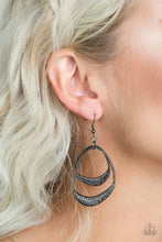 Load image into Gallery viewer, Follow The Beaten Path Black Earring