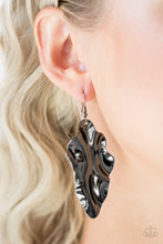 Load image into Gallery viewer, Fall Into Fall Black Earring