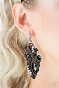 Fall Into Fall Black Earring