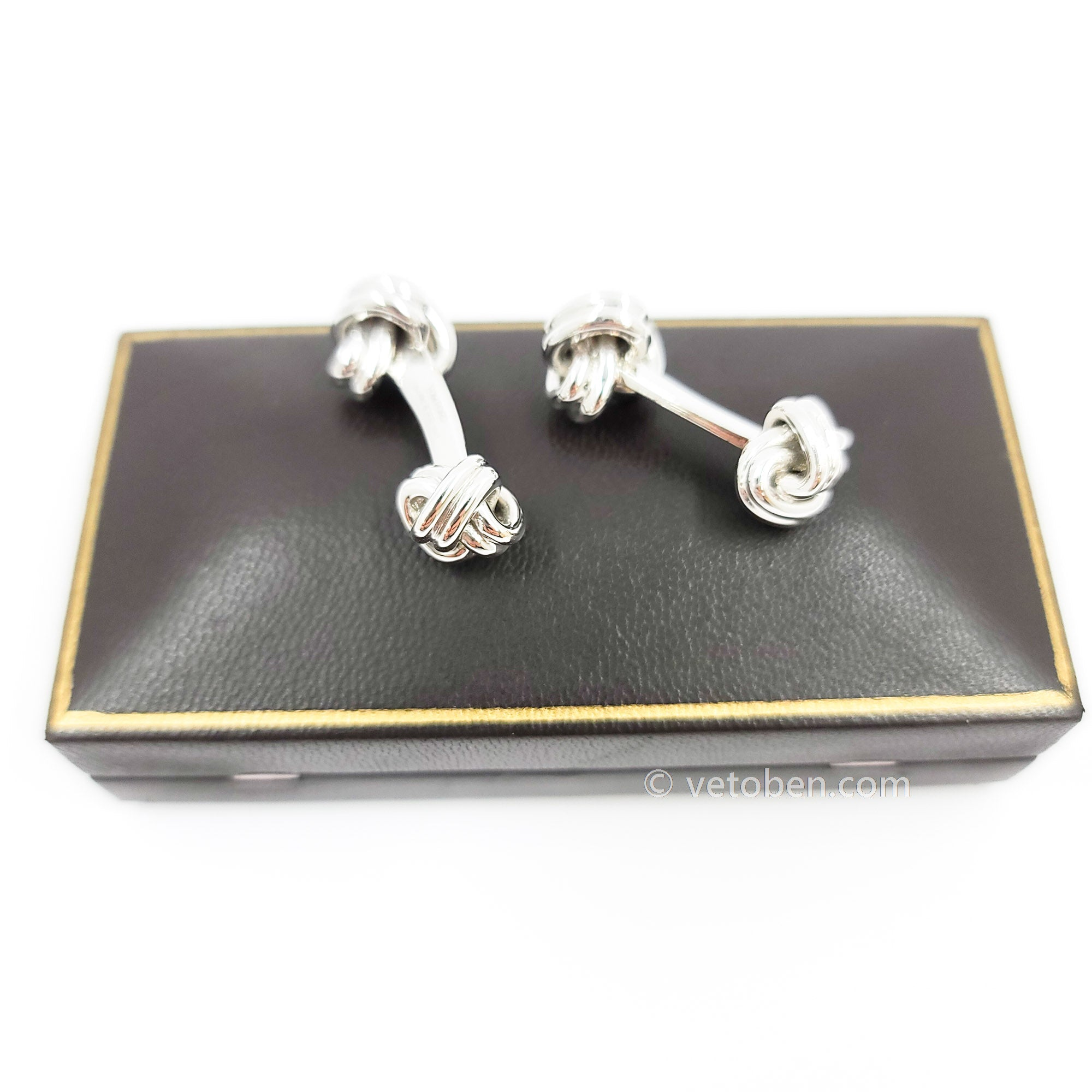 TOMFORD 18K WHITE GOLD CUFFLINKS