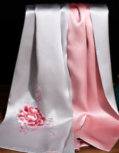 Load image into Gallery viewer, Scarf Peony Silver