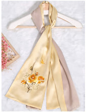 Load image into Gallery viewer, Scarf Rose Yellow