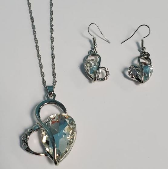 N548 Silver Crystal Gemstone Heart Necklace With FREE Earrings