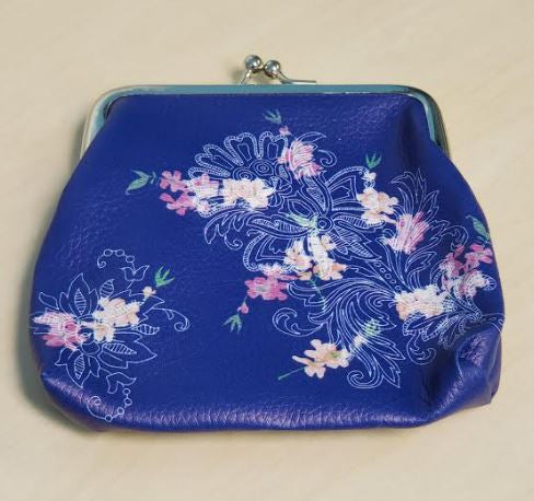 G168 Blue Leather Floral Design Clasp Coin Purse