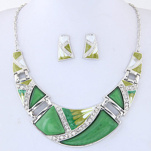 N05 Trendy Green Color Decorated Necklace With FREE Earrings - Iris Fashion Jewelry