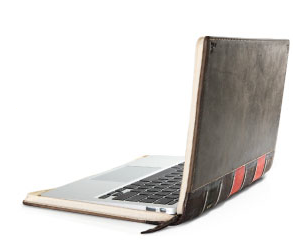 The Globe and Mail Review s Twelve South BookBook for MacBook