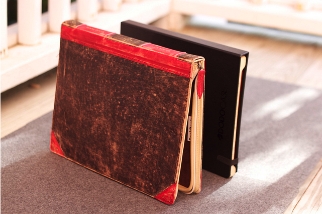 Twelve South BookBook for iPad vs. DODOcase in pictures…