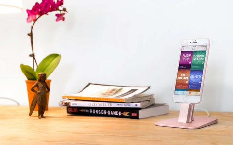 Twelve South HiRise for iPhone docking station