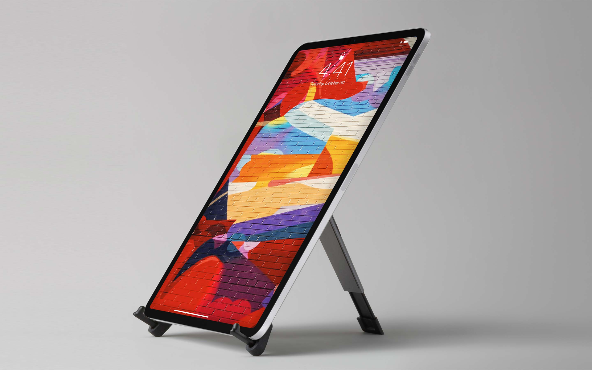 Twelve South Compass Pro for iPad and iPad Pro, Portable Display Stand