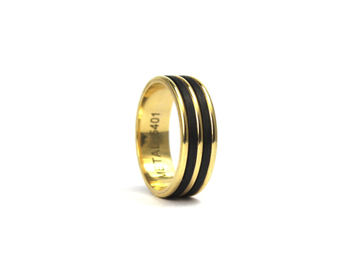 9ct yellow gold and carbon fibre band