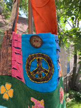 Load image into Gallery viewer, peace sign purse