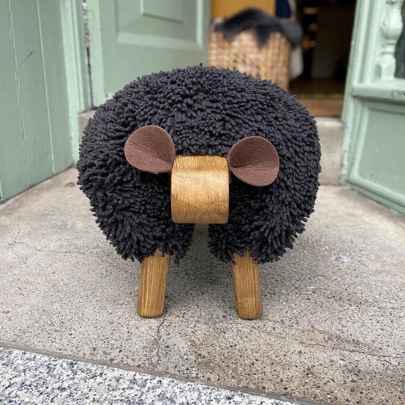 Sheep Footrest (Black | Oak)