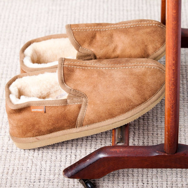 Shepherd Of Sweden | Men's Sheepskin Slippers | Bosse