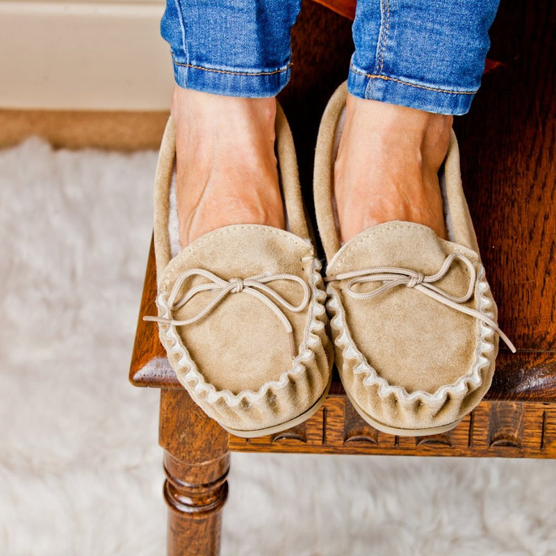 Women's Lambswool Lined Moccasin (with hard wearing sole)