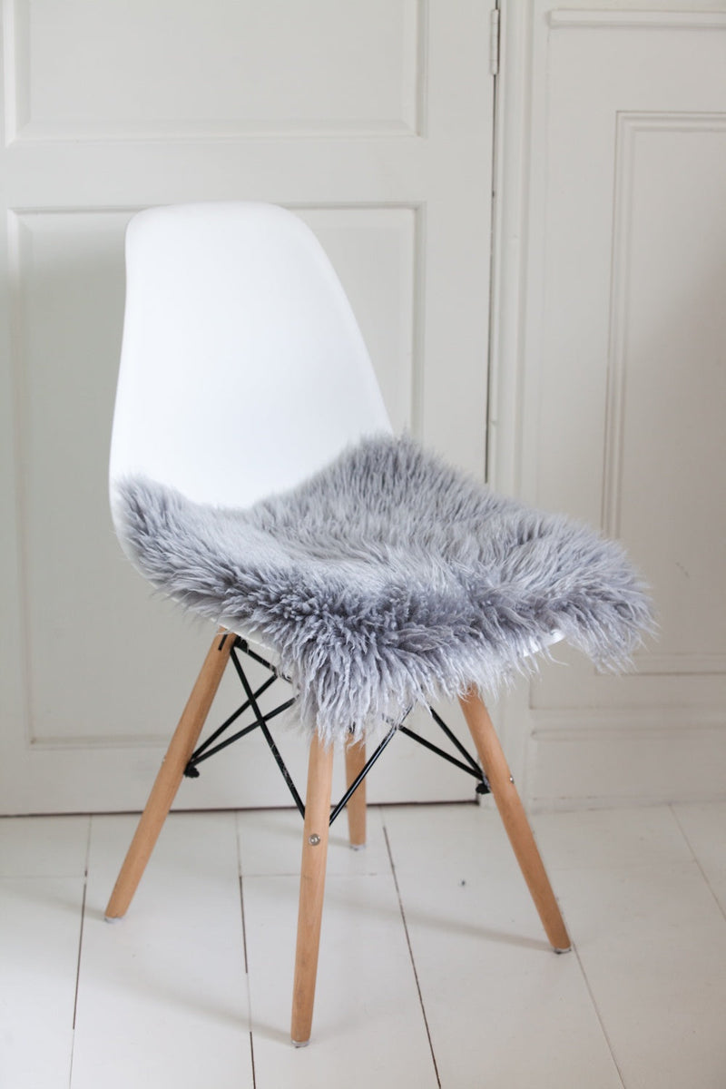 Square Yetti Sheepskin Chair Pad